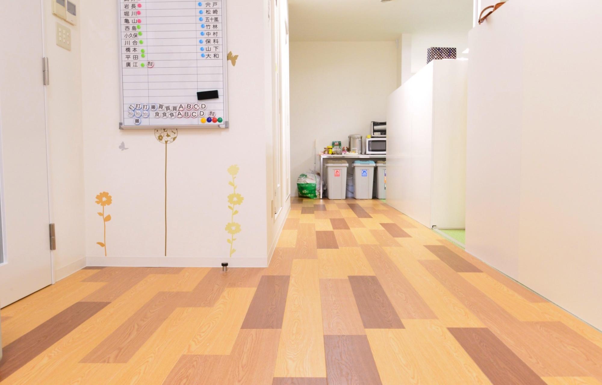アニメーション制作会社 (社名非公開) Corridor デザイン・レイアウト事例