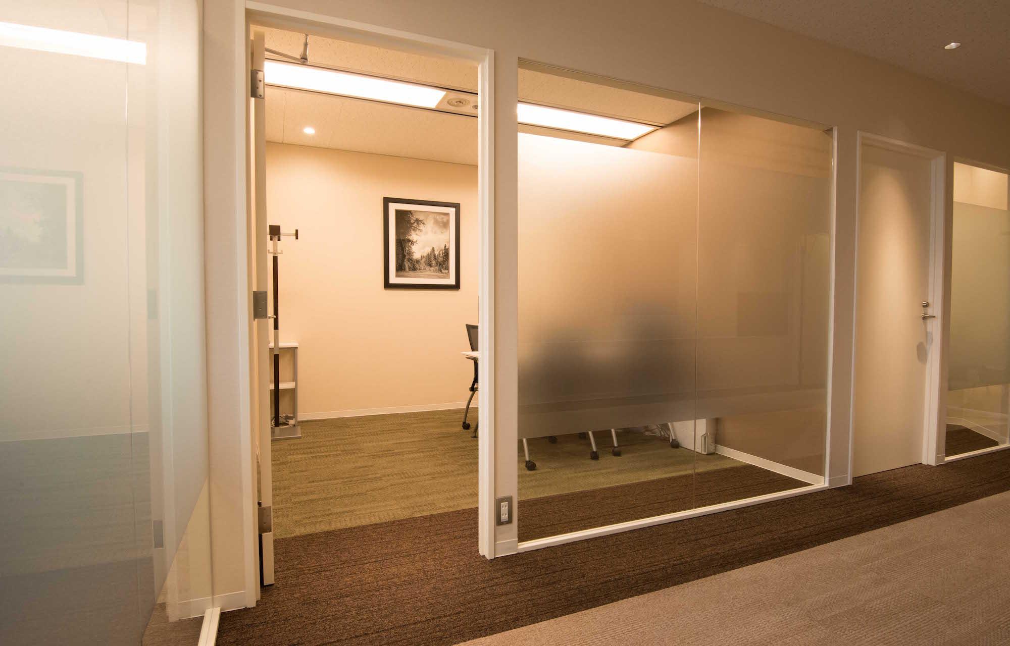 アンテロープキャリアコンサルティング Meeting Room デザイン・レイアウト事例