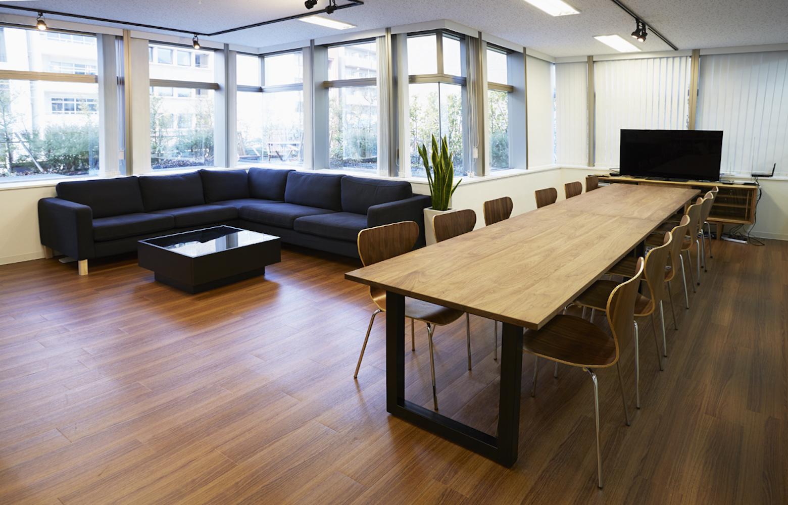UIEvolution株式会社 vol.1 Meeting Space デザイン・レイアウト事例