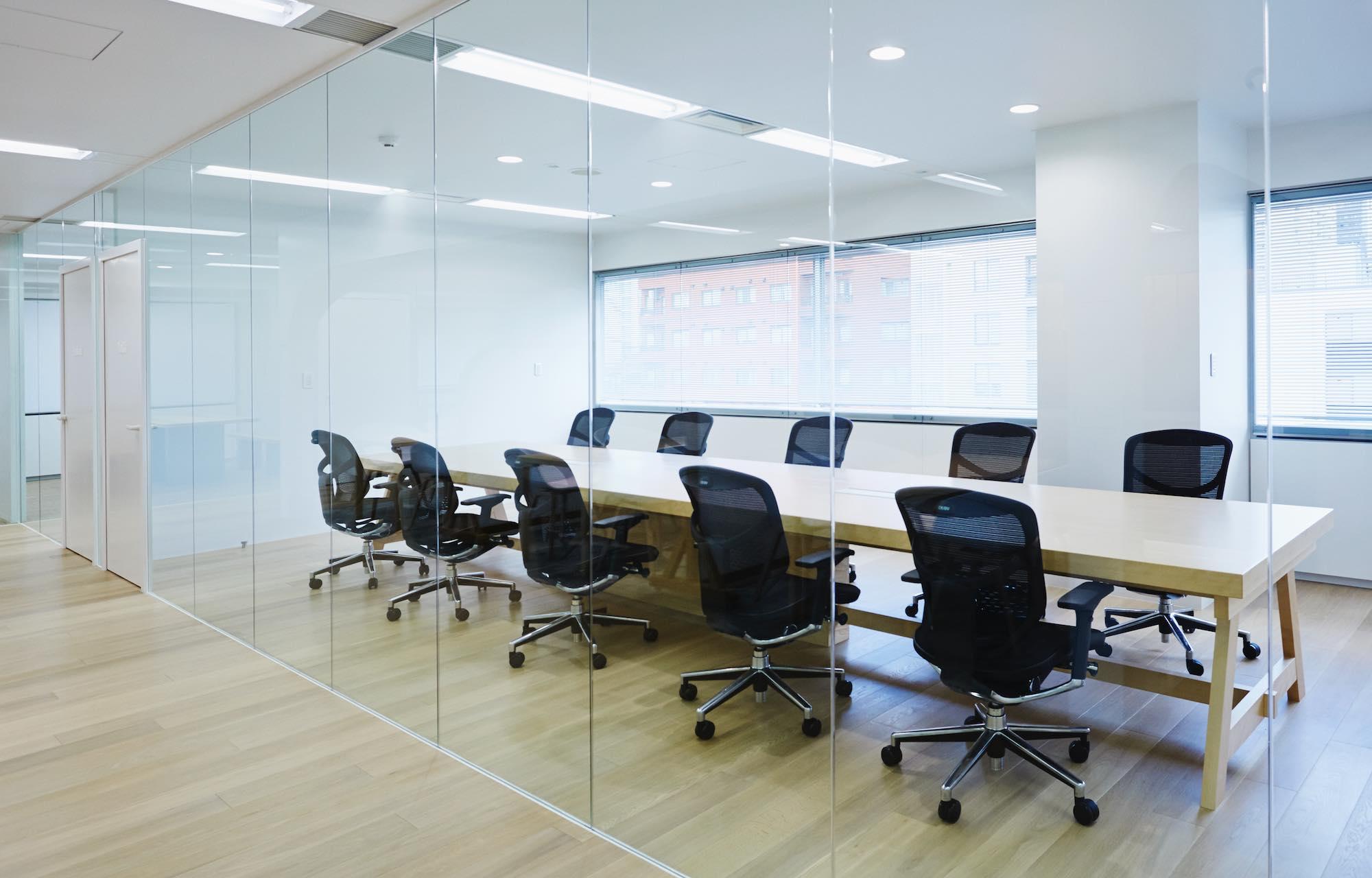 ダイアモンドヘッド株式会社 Tokyo Office Meeting Room デザイン・レイアウト事例