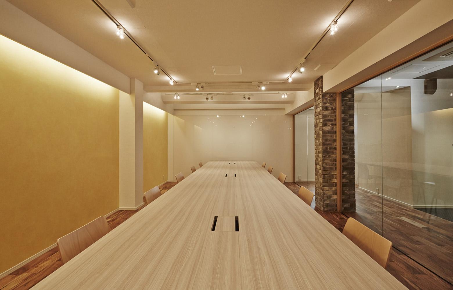 株式会社ENERGIZE Meeting Room_2 デザイン・レイアウト事例