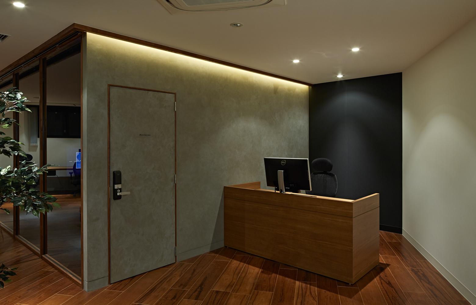 株式会社ギフト President's Desk デザイン・レイアウト事例