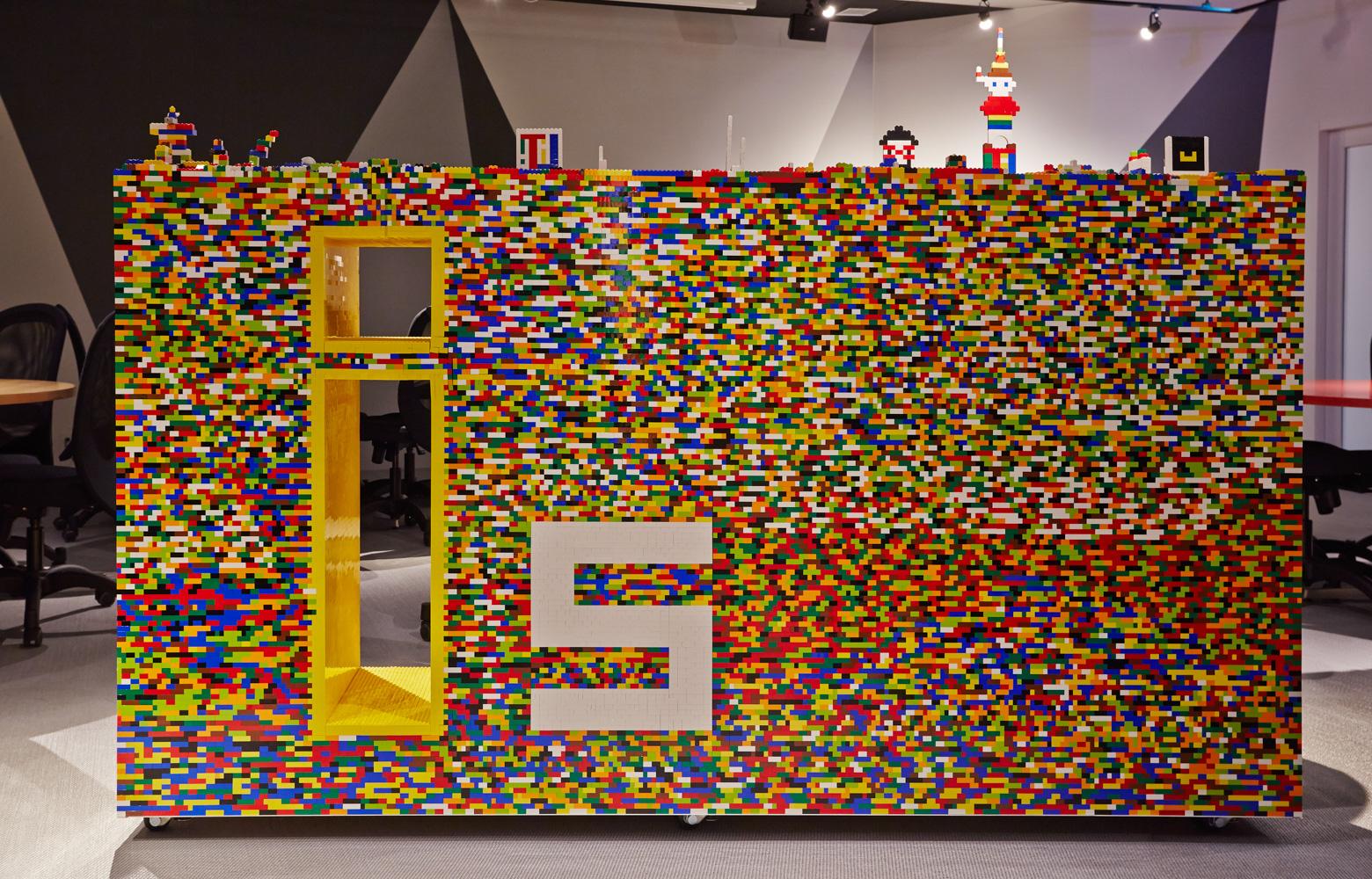 ライフイズテック株式会社 LEGO デザイン・レイアウト事例