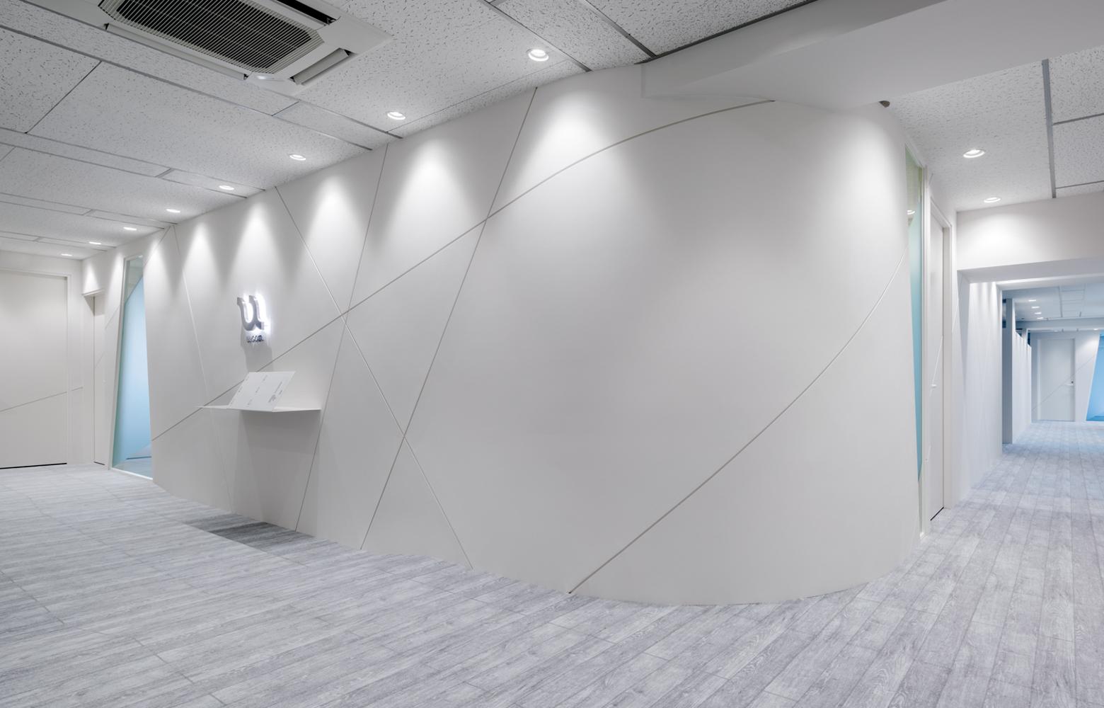 株式会社ユーコムエントランス・受付