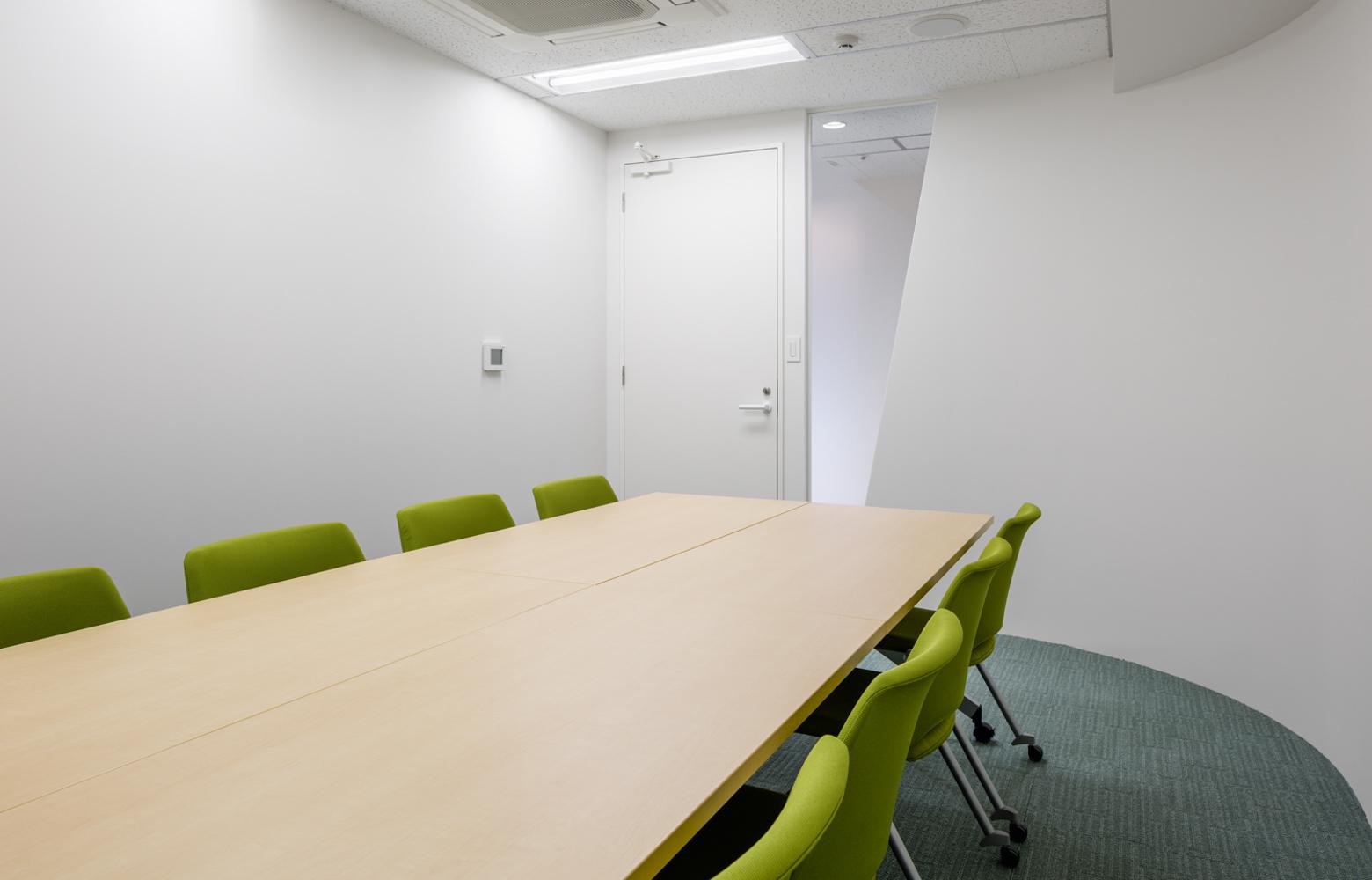 株式会社ユーコム Meeting Room デザイン・レイアウト事例
