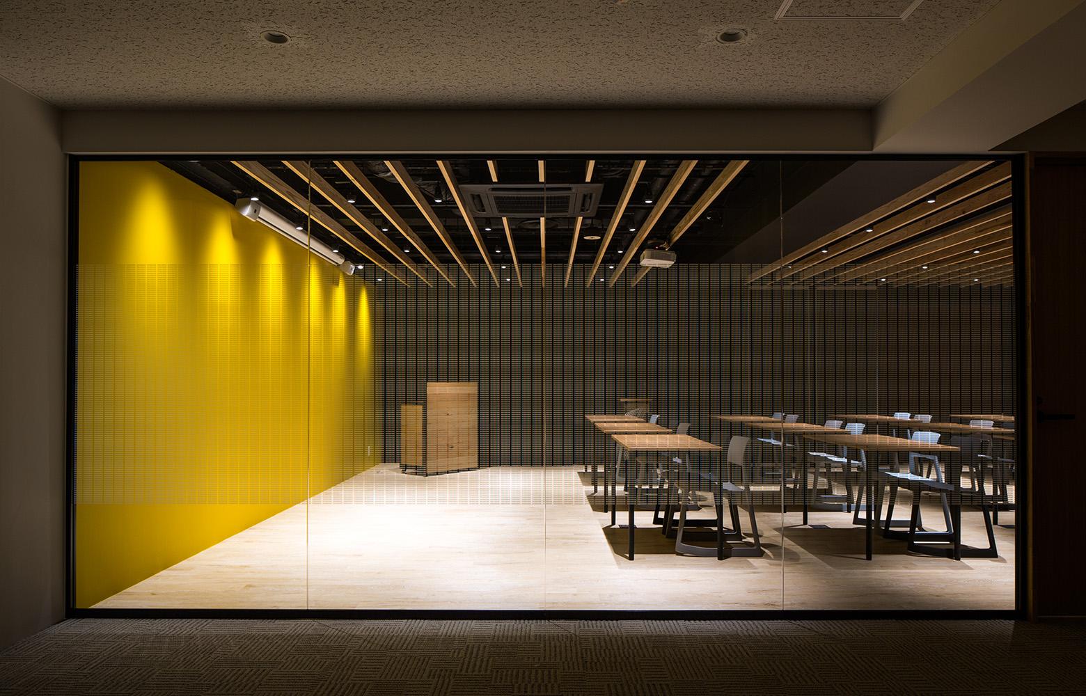 Secret Office Theater Room_2 デザイン・レイアウト事例