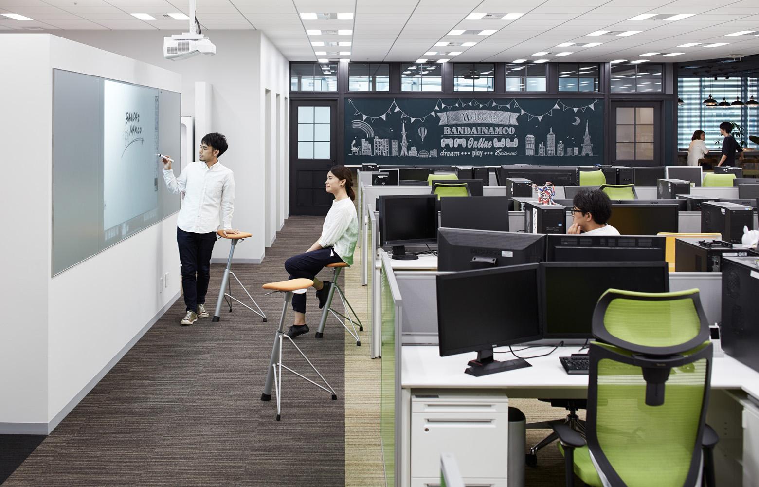 株式会社バンダイナムコオンライン Work Space デザイン・レイアウト事例