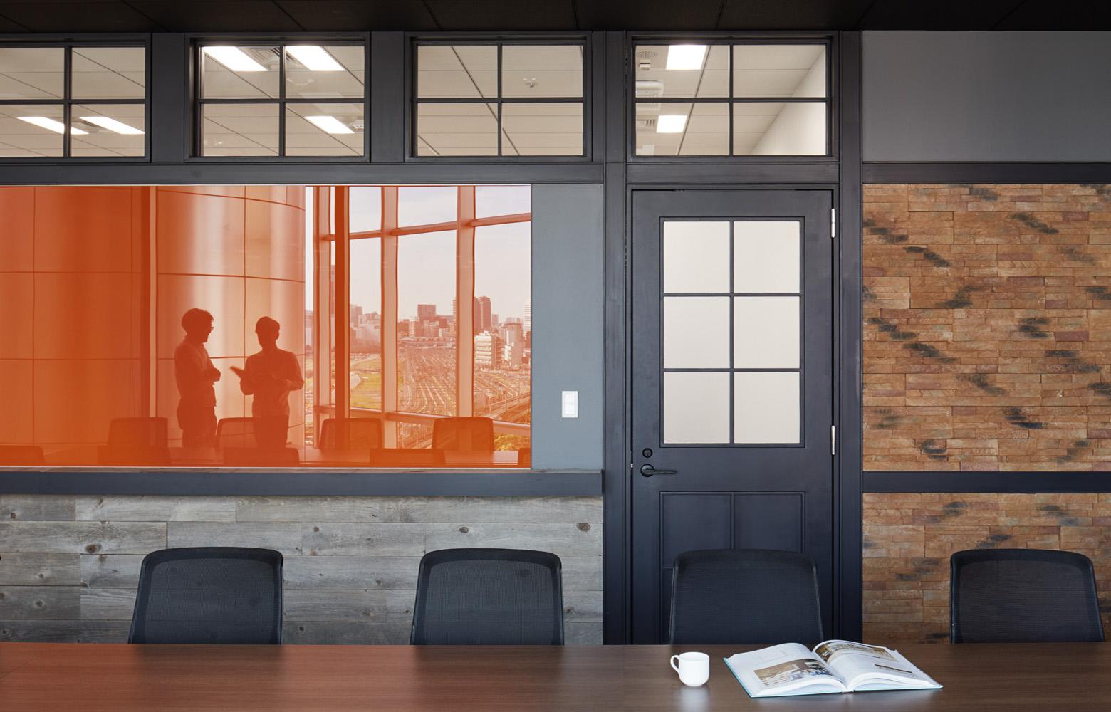 株式会社バンダイナムコオンライン Meeting Room_2 デザイン・レイアウト事例