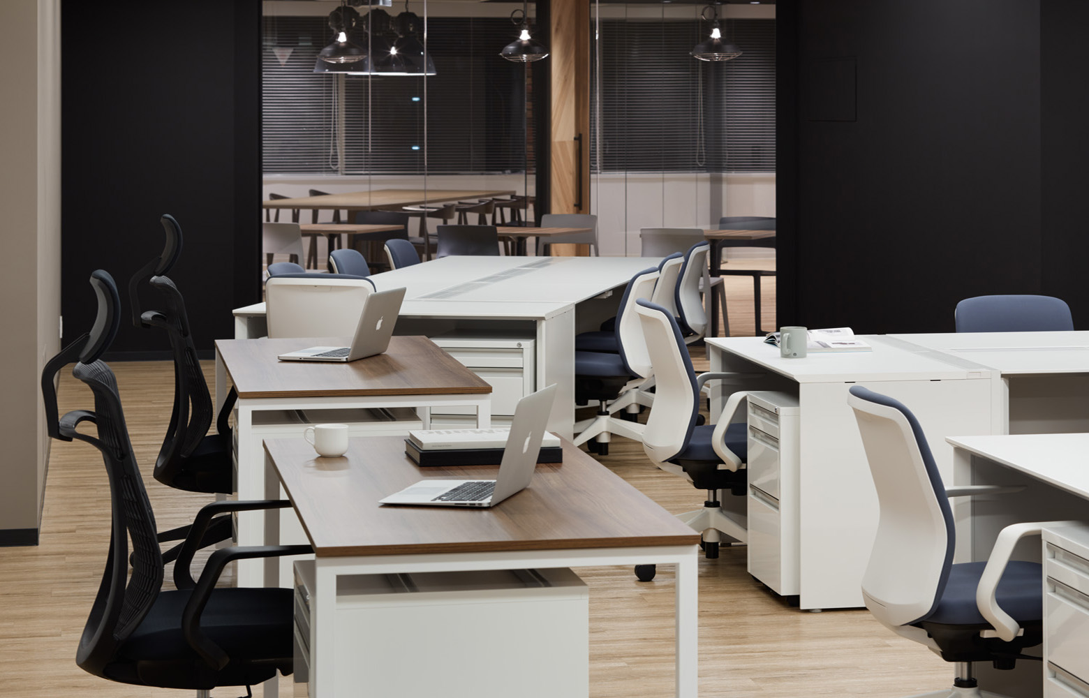 BEST株式会社 Work Space_2 デザイン・レイアウト事例