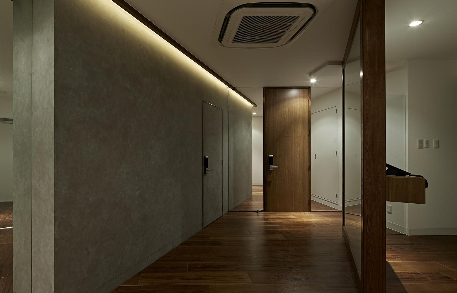 株式会社ギフト Corridor デザイン・レイアウト事例