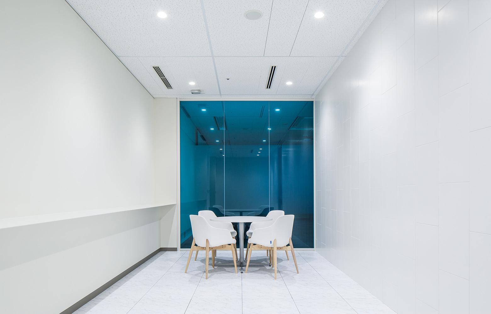 株式会社パピレス Lounge デザイン・レイアウト事例