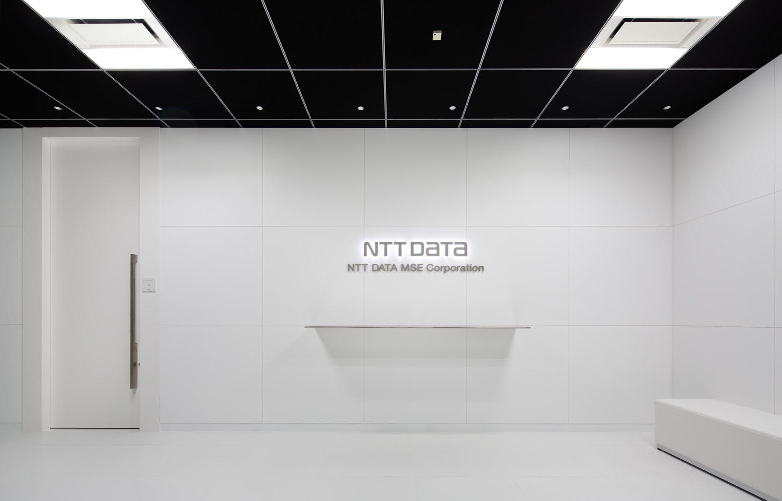 株式会社NTTデータMSE Yokohama Office Entrance デザイン・レイアウト事例