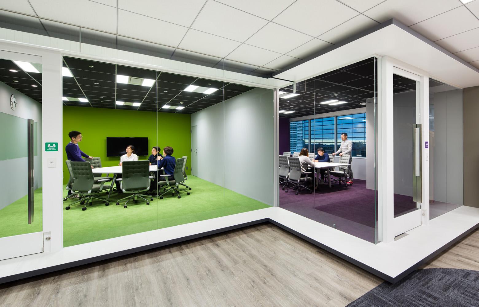 株式会社NTTデータMSE Yokohama Office Meeting Room デザイン・レイアウト事例
