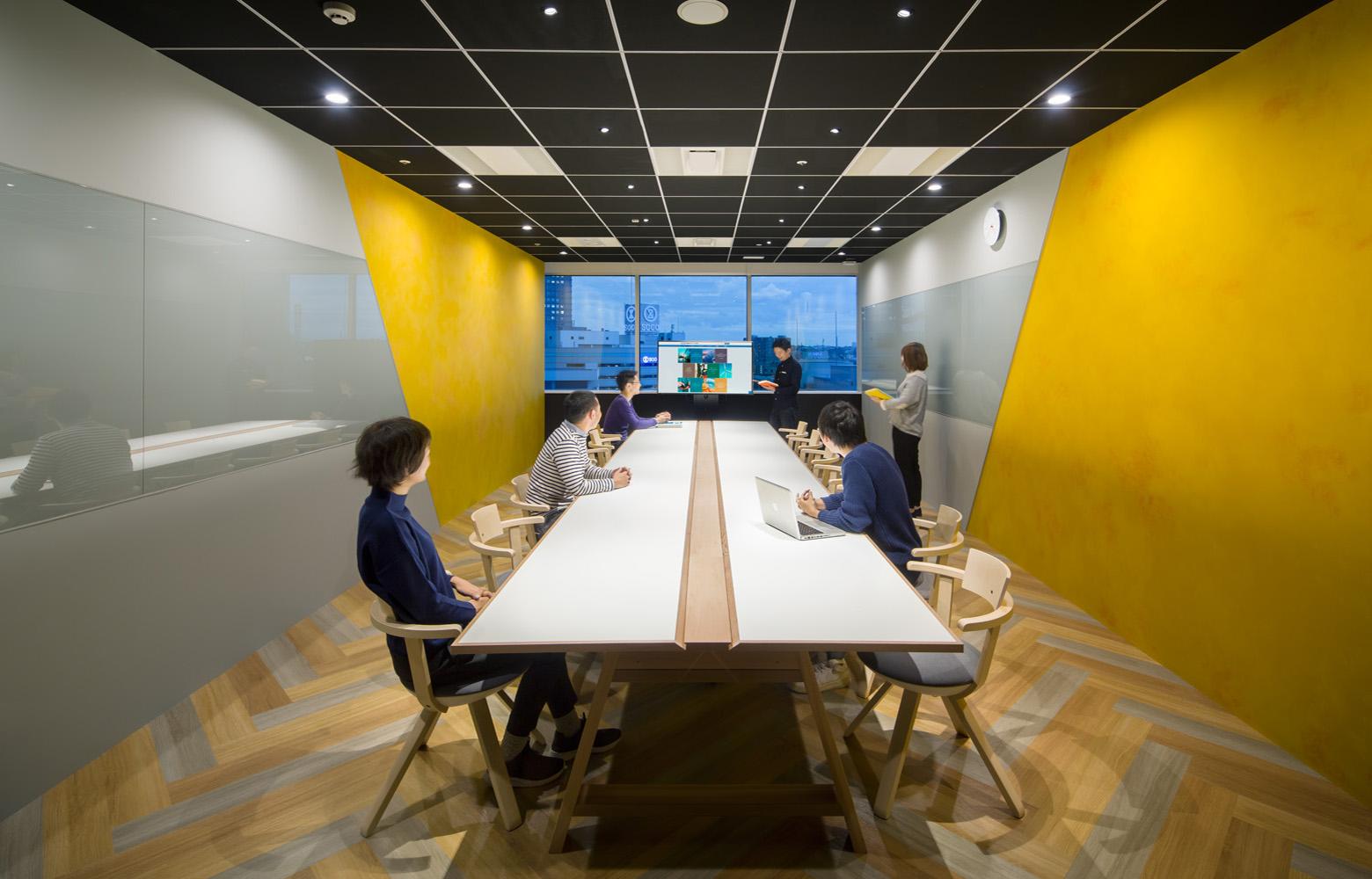 株式会社NTTデータMSE Yokohama Office Meeting Room_3 デザイン・レイアウト事例