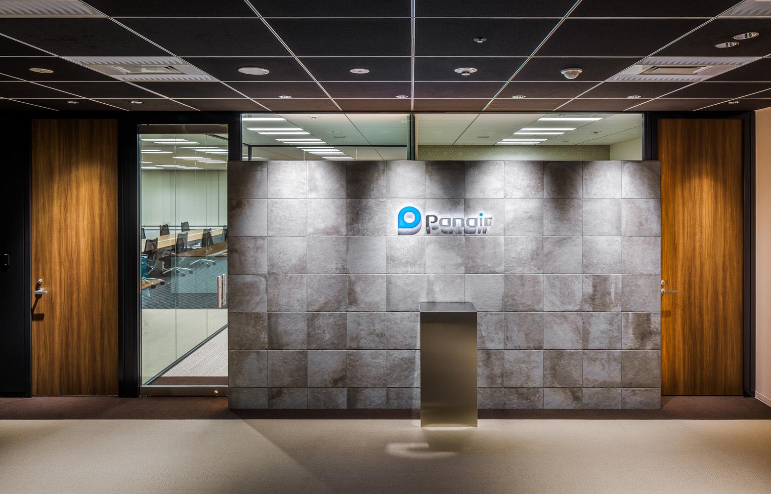 株式会社パネイル Entrance デザイン・レイアウト事例