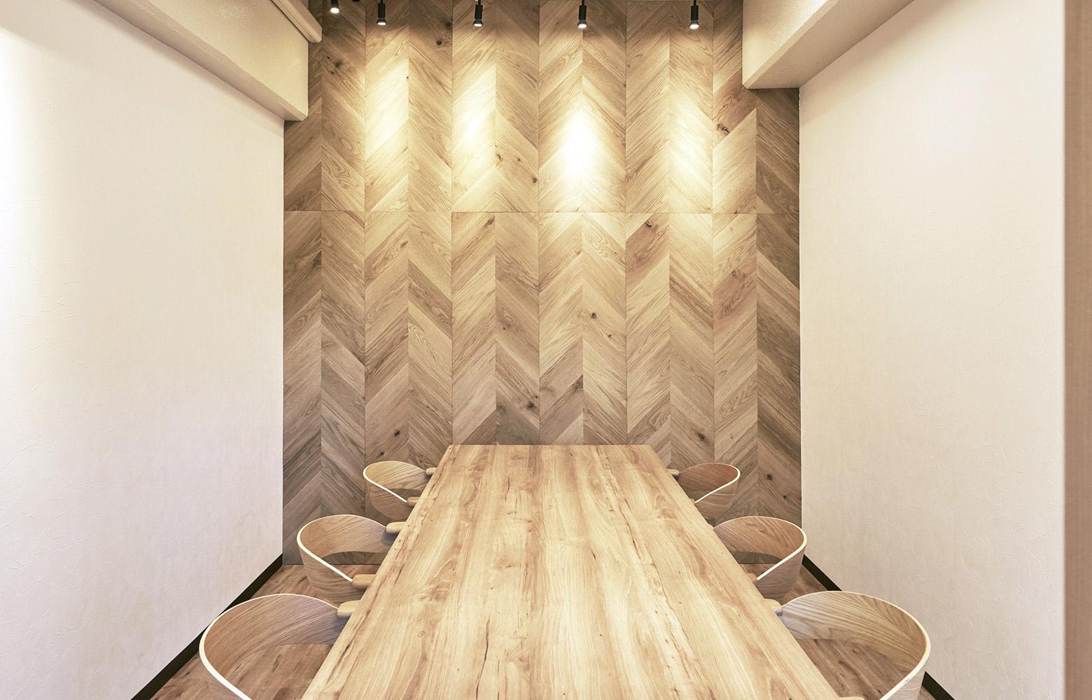 株式会社KAZE&Co. Meeting Room デザイン・レイアウト事例
