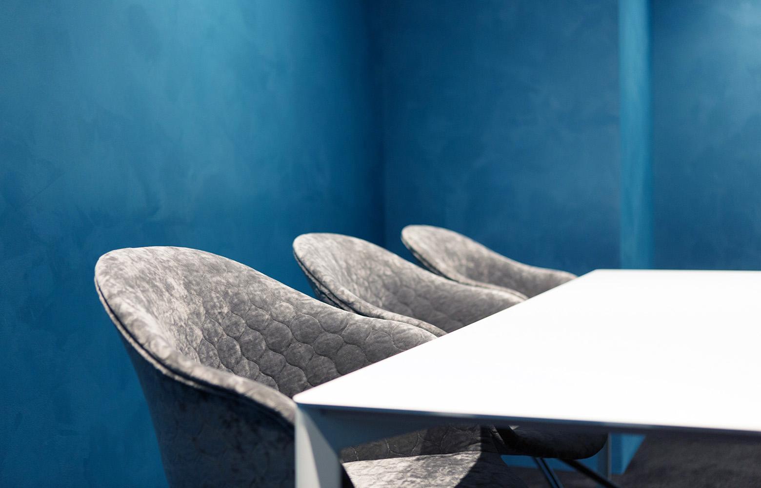 株式会社 AdLab Meeting Room_3 デザイン・レイアウト事例