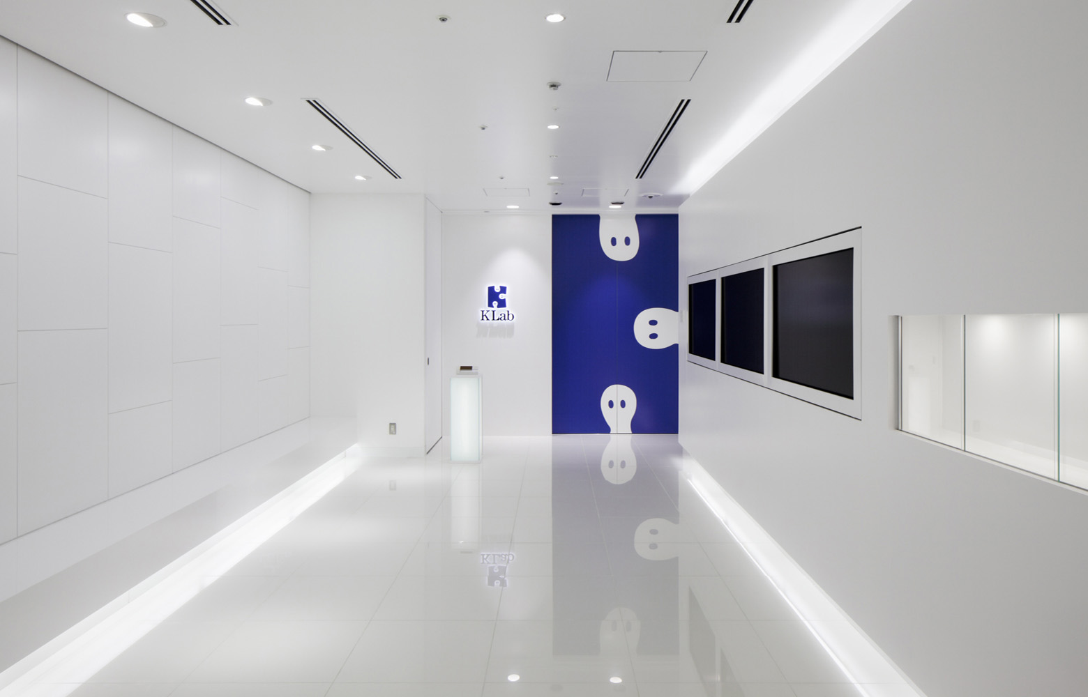 KLab株式会社 Entrance デザイン・レイアウト事例