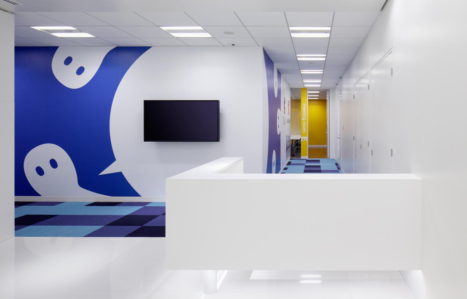 KLab株式会社 Entrance_3 デザイン・レイアウト事例