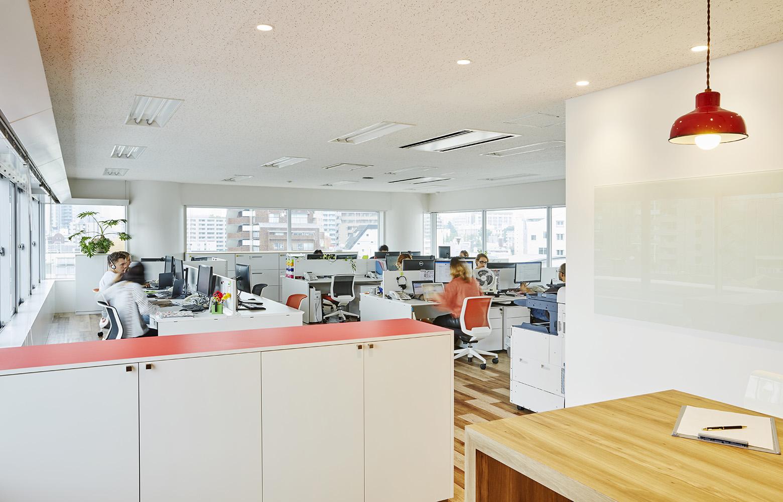 Sopexa Japon 株式会社 Work Space デザイン・レイアウト事例