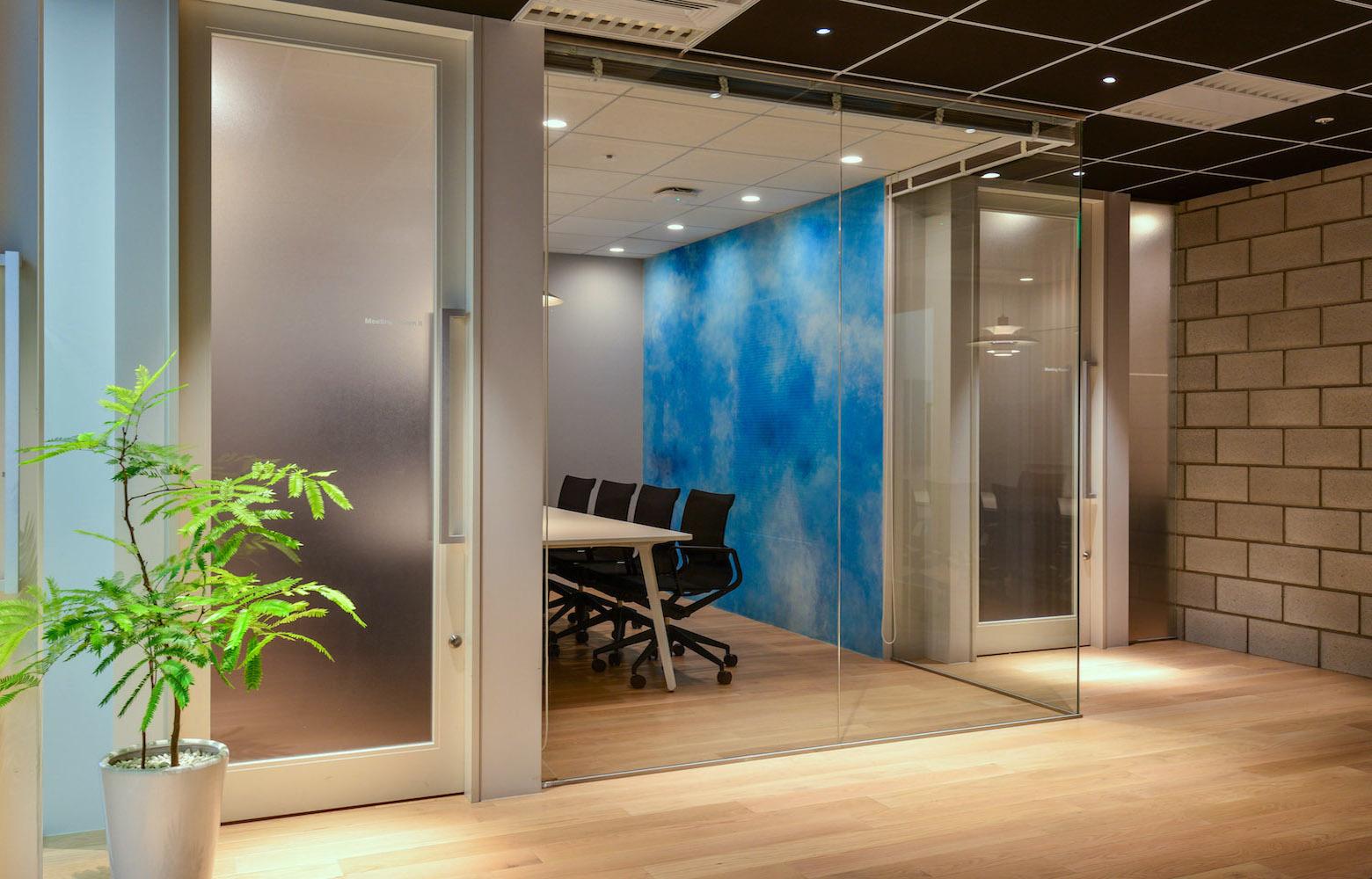 株式会社マイクロアド Vol.2 Lounge_3 デザイン・レイアウト事例