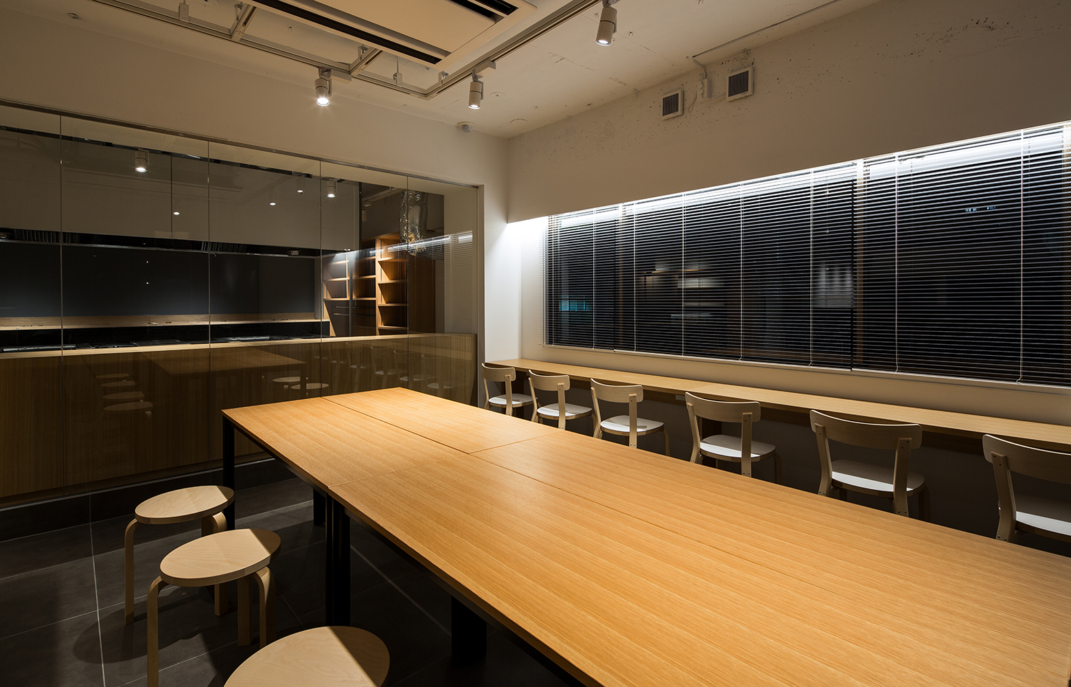 桂屋ファイングッズ株式会社 Seminar Space_2 デザイン・レイアウト事例