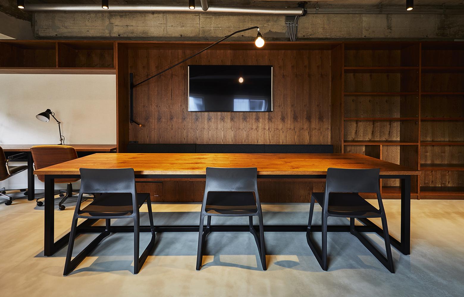 Quebico株式会社 Meeting Space デザイン・レイアウト事例