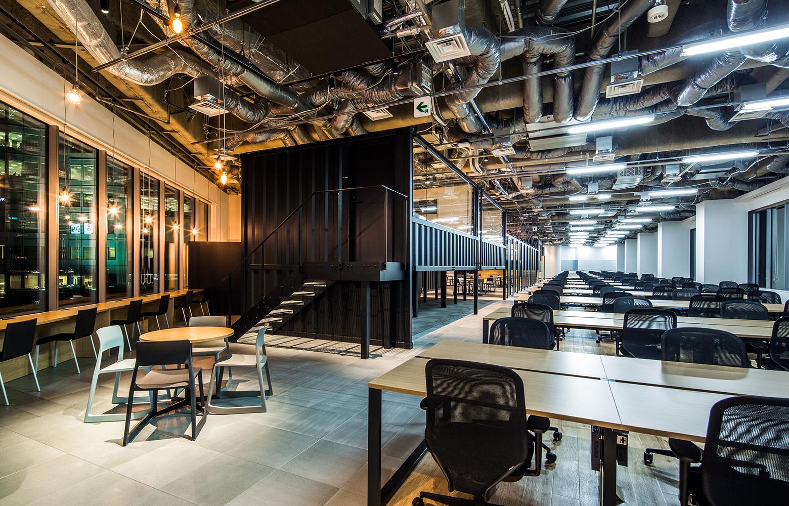 KLab株式会社(Laboratory Office) Work Space デザイン・レイアウト事例