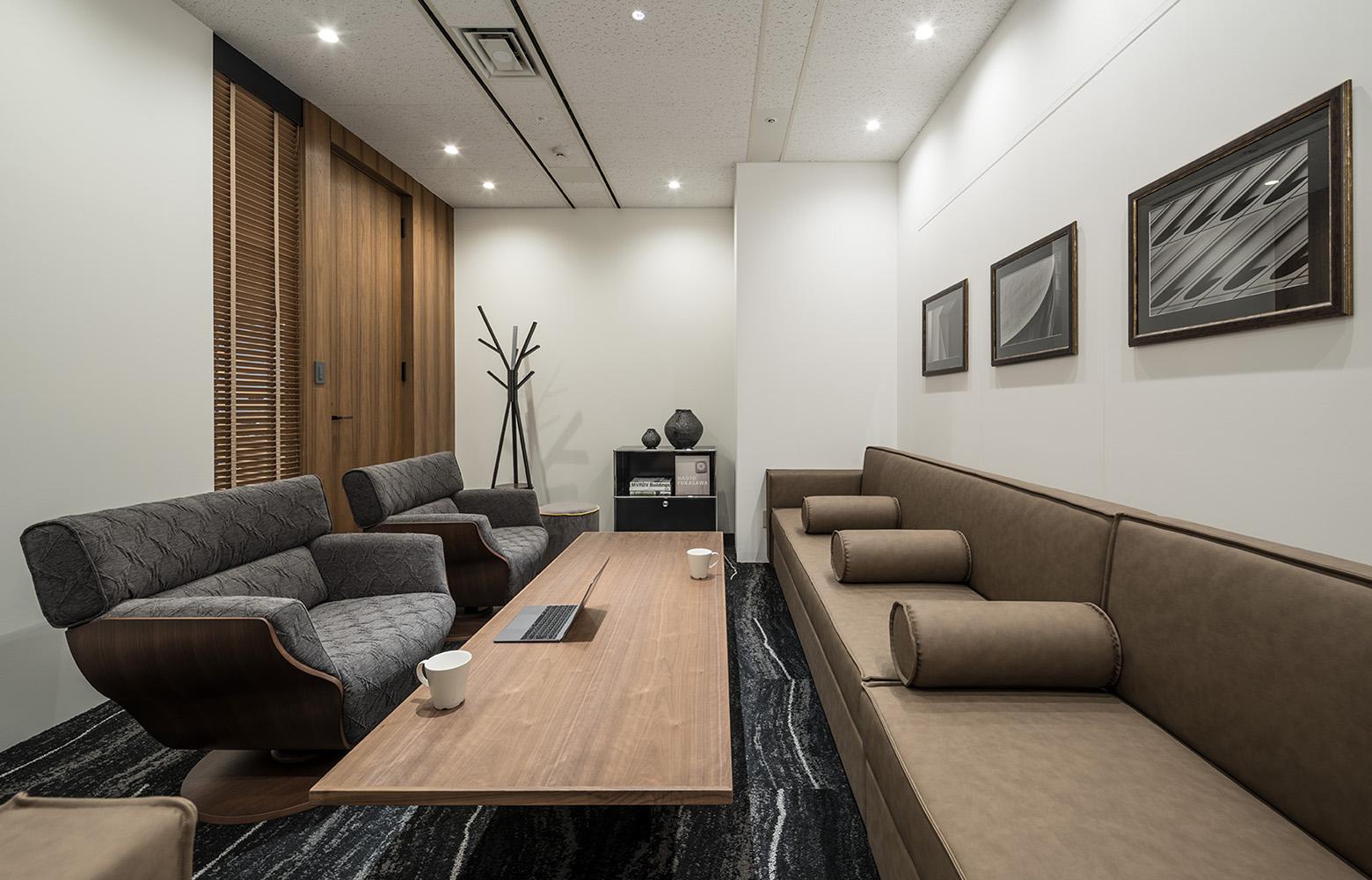 株式会社日本ワークス Reception Room デザイン・レイアウト事例