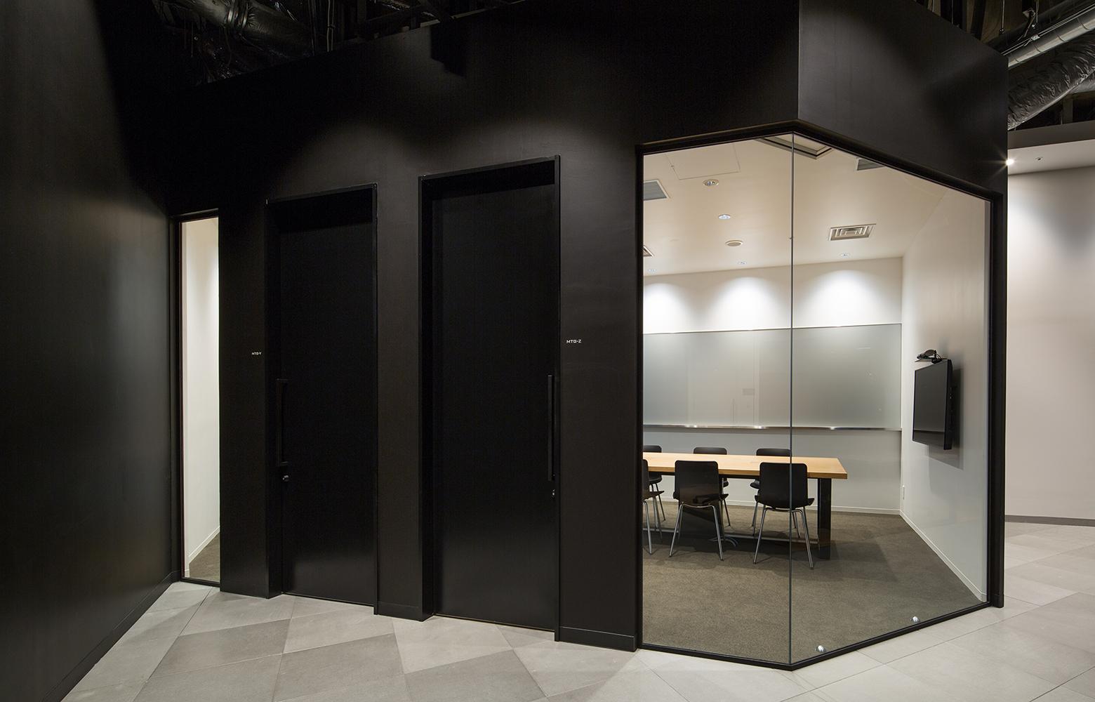 KLab株式会社(Laboratory Office) Meeting Room デザイン・レイアウト事例