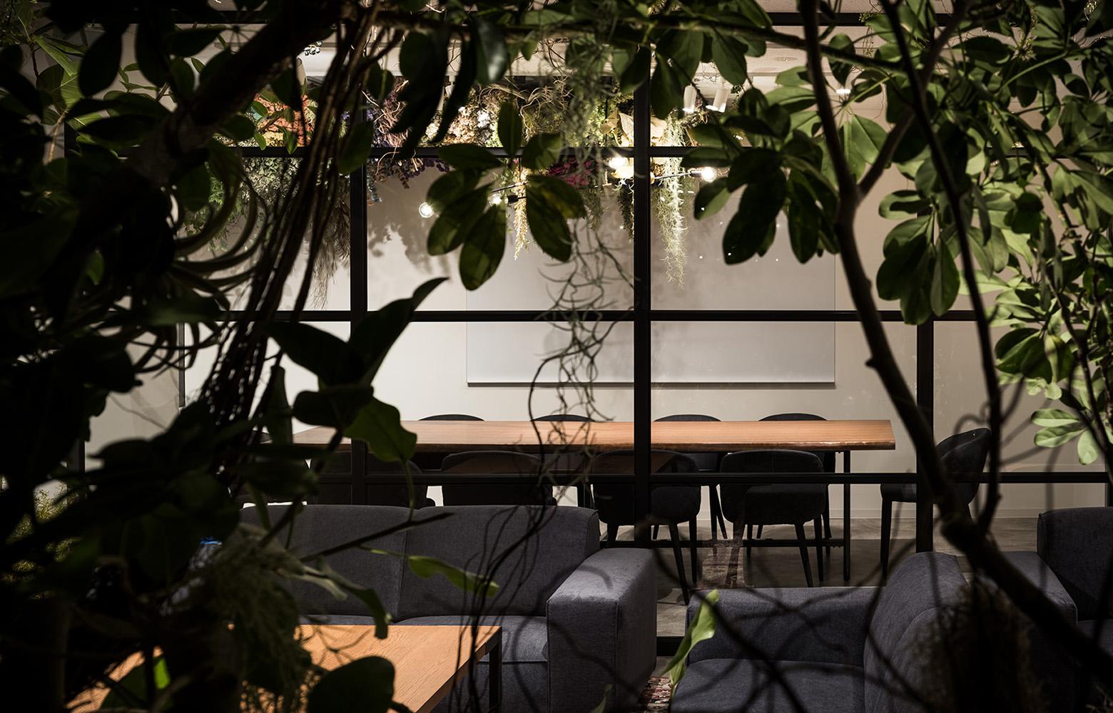 株式会社Avirity Information Meeting Room デザイン・レイアウト事例