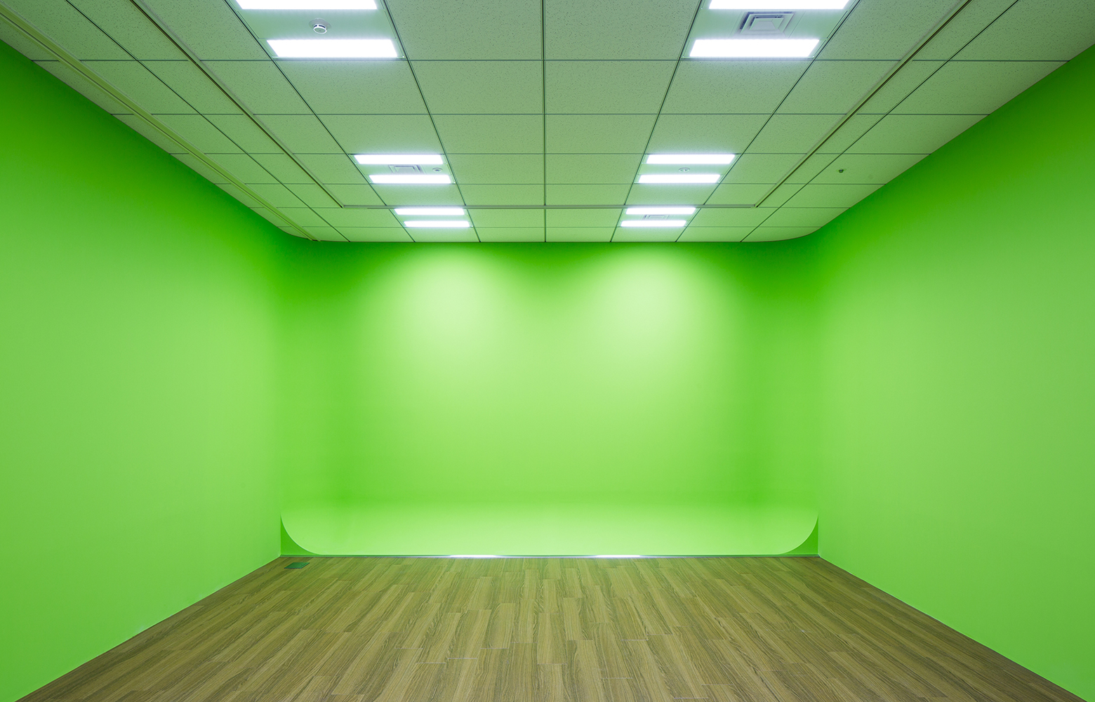 KLab株式会社 Roppongi Office Photographing studio デザイン・レイアウト事例