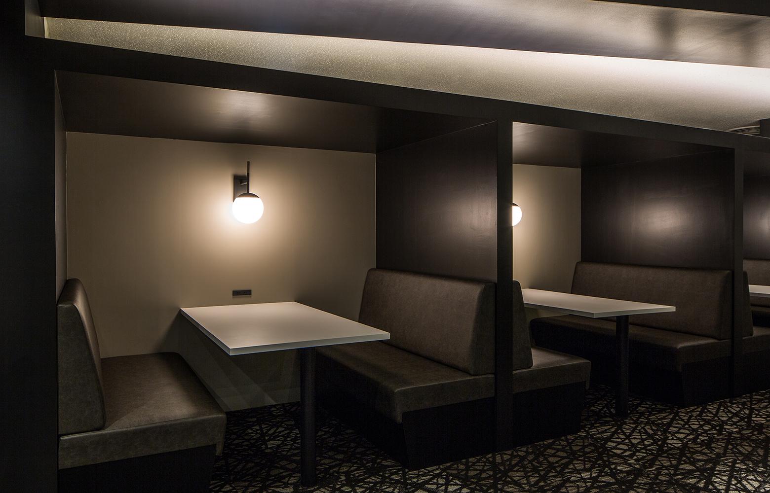 キングラン株式会社 Box Sofa デザイン・レイアウト事例