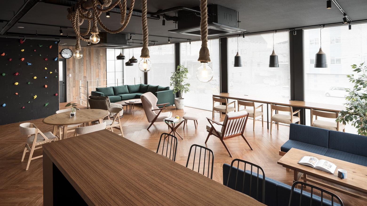 ベイラインエクスプレス株式会社 Lounge_2 デザイン・レイアウト事例