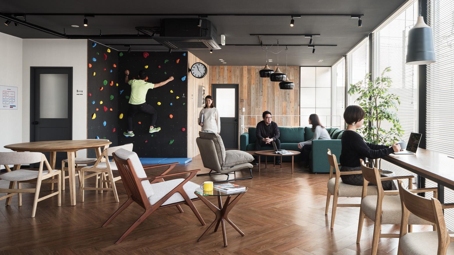 ベイラインエクスプレス株式会社 Lounge_3 デザイン・レイアウト事例
