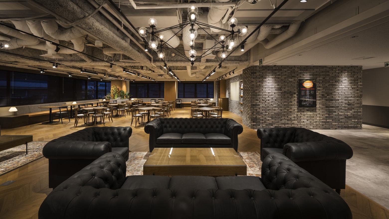 株式会社バンダイナムコセブンズ Office Lounge_4 デザイン・レイアウト事例