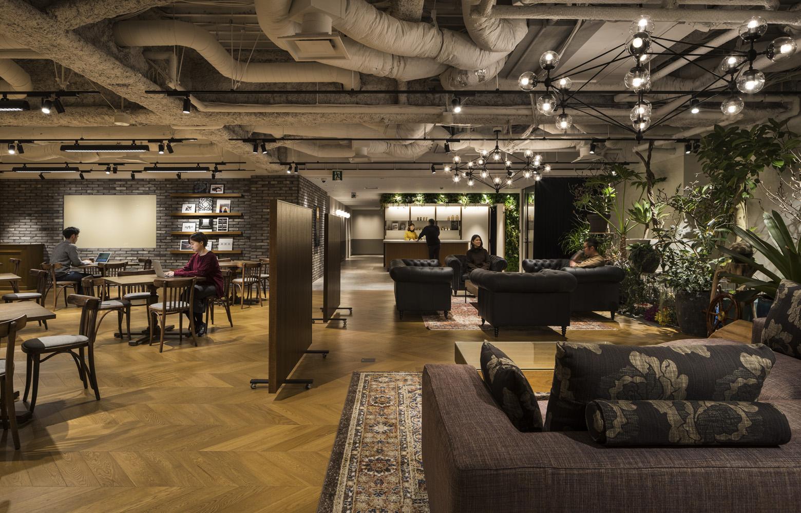 株式会社バンダイナムコセブンズ Office Lounge_3 デザイン・レイアウト事例
