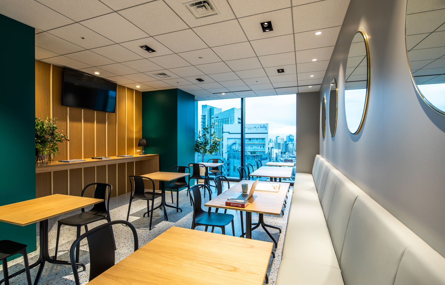 KLab株式会社 Roppongi Office Refresh Space_2 デザイン・レイアウト事例