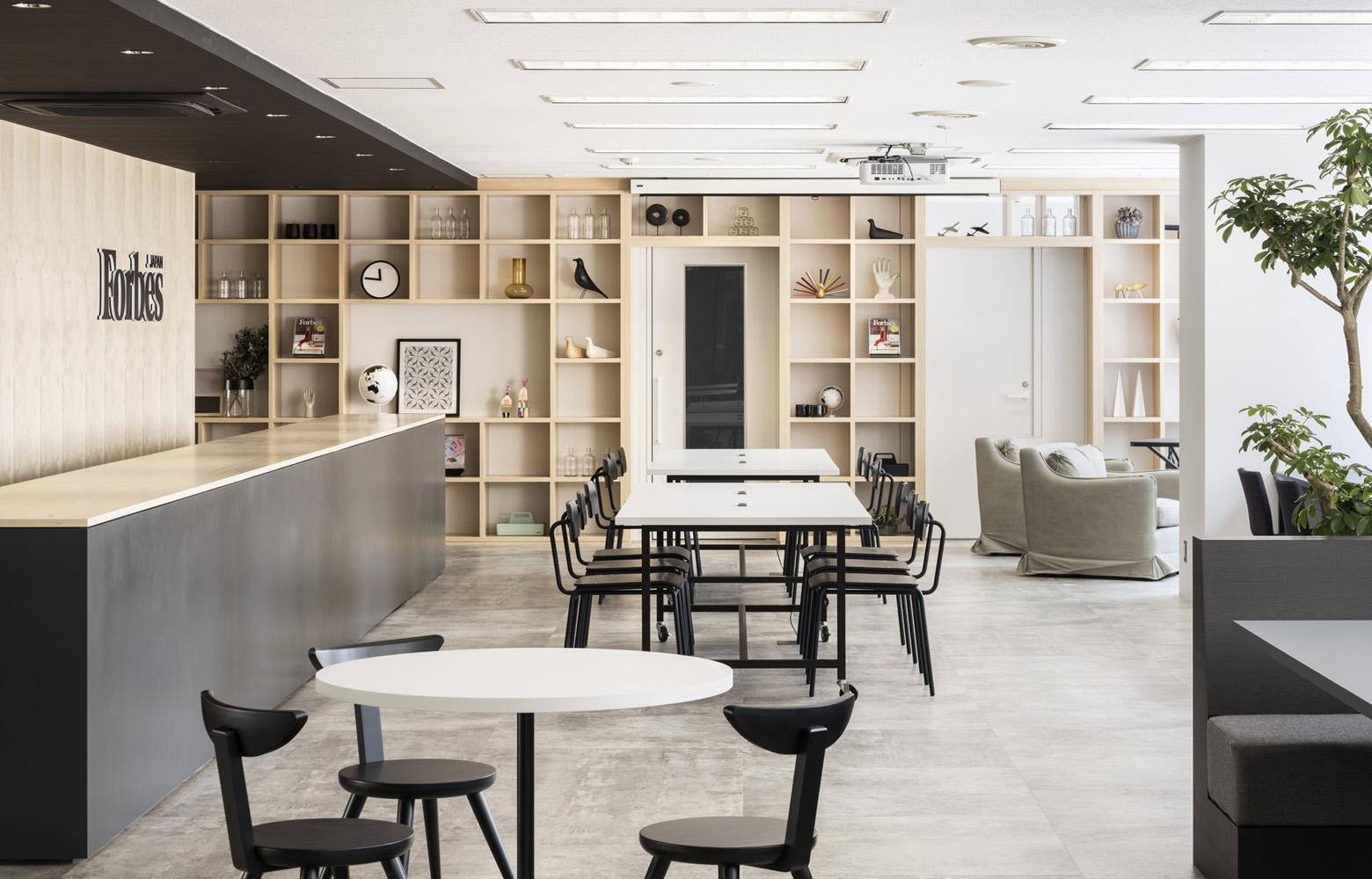 リンクタイズ株式会社 Open Lounge_4 デザイン・レイアウト事例