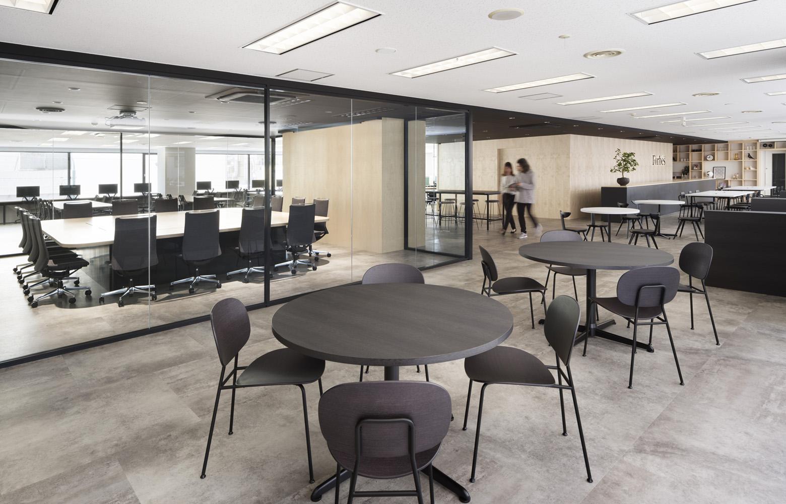 リンクタイズ株式会社 Open Lounge_3 デザイン・レイアウト事例