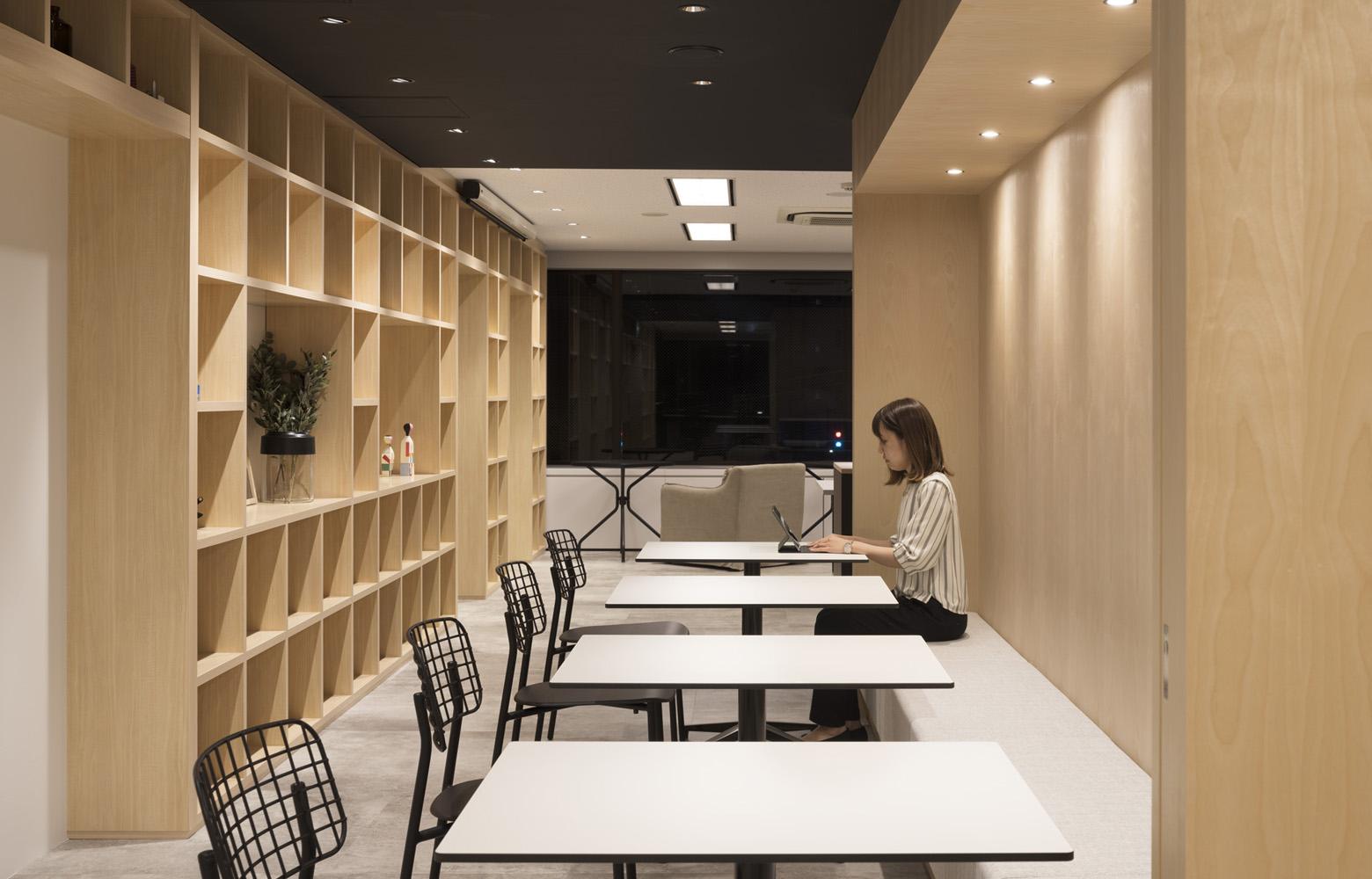 リンクタイズ株式会社 Bench Space デザイン・レイアウト事例