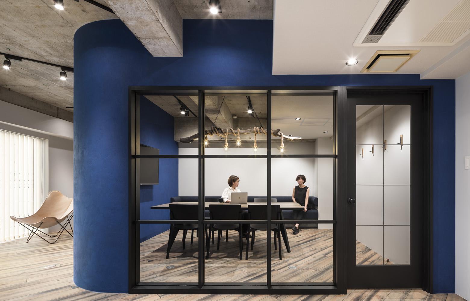 株式会社AdShipS Meeting Room デザイン・レイアウト事例