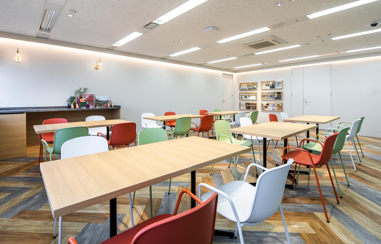 KLab株式会社 Fukuoka Office Free Space デザイン・レイアウト事例