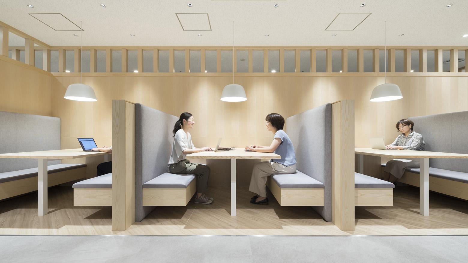 公益財団法人日本陸上競技連盟 Meeting Booth_2 デザイン・レイアウト事例