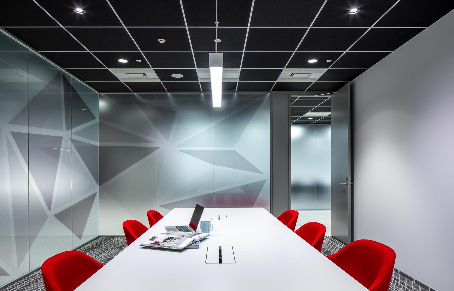 株式会社ビーネックスグループ Meeting Room デザイン・レイアウト事例
