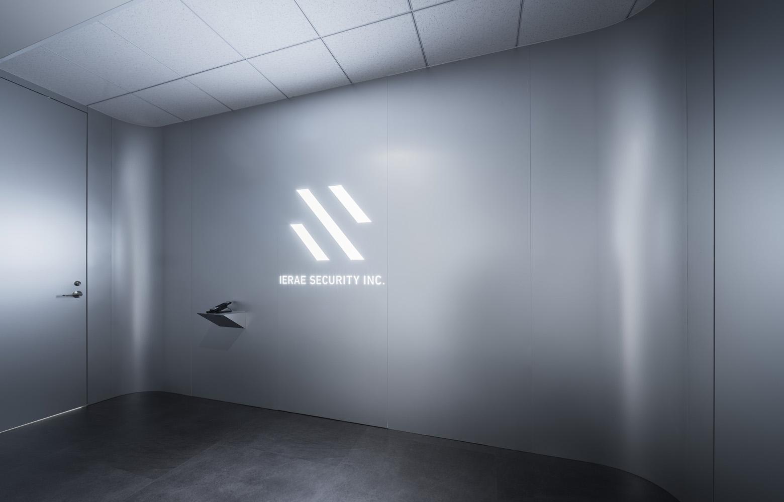 株式会社イエラエセキュリティ Entrance_2 デザイン・レイアウト事例