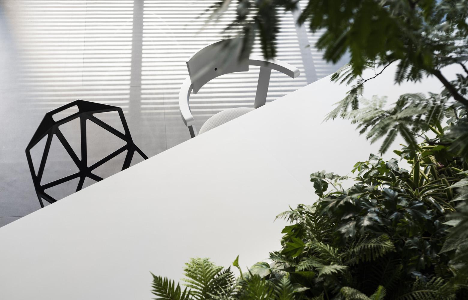 株式会社イエラエセキュリティ Original Table デザイン・レイアウト事例