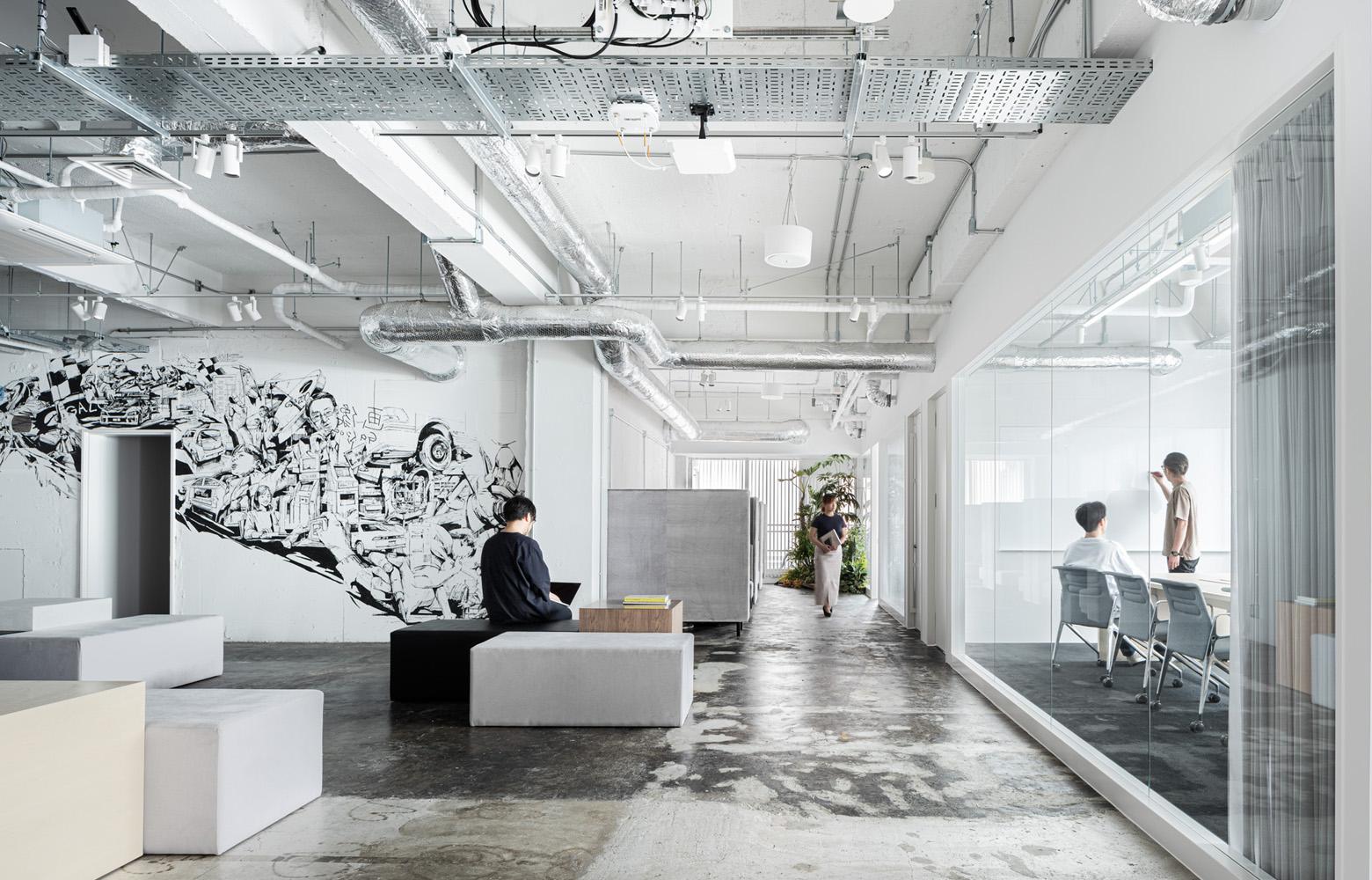トヨタコネクティッド株式会社 Entrance Lounge_3 デザイン・レイアウト事例