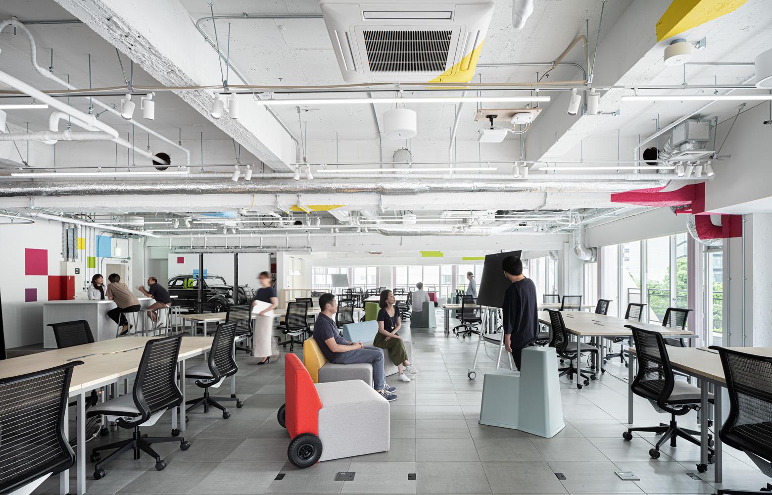 トヨタコネクティッド株式会社 Work Space_2 デザイン・レイアウト事例