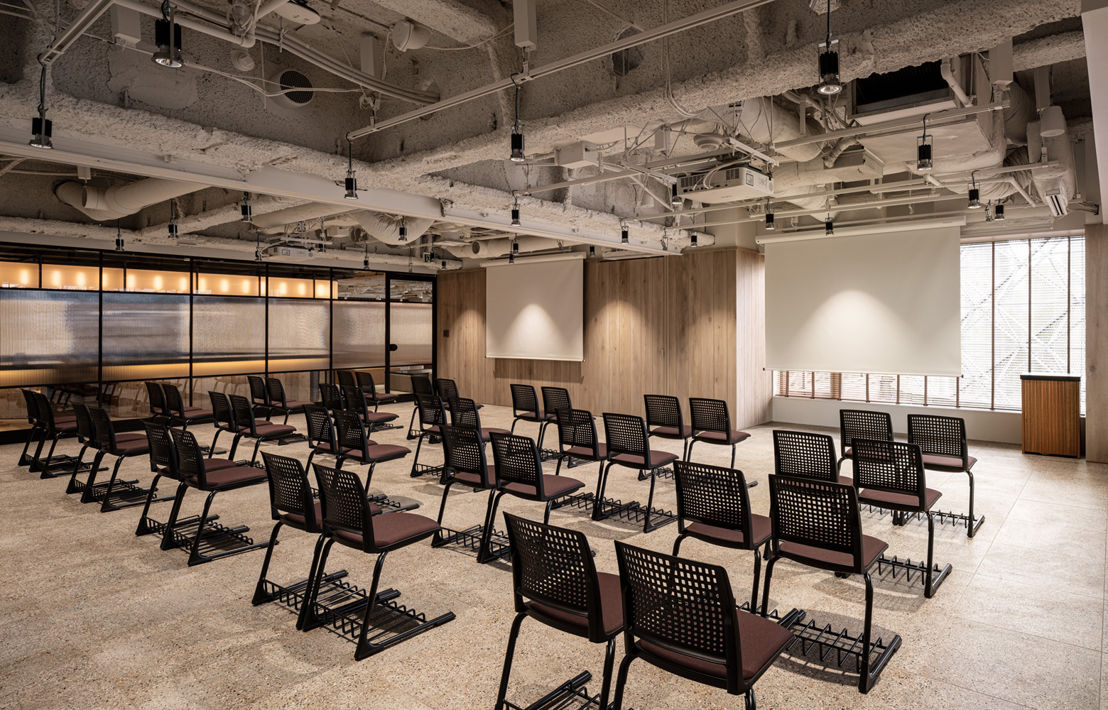株式会社アトラエ vol.3 Seminar Room デザイン・レイアウト事例